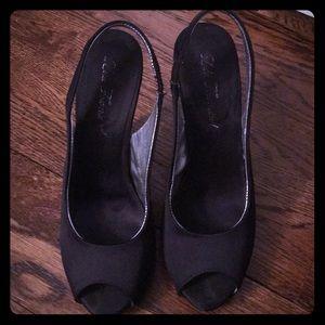 Black peep toe dress shoes